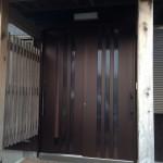 玄関ドドリフォームは自社施工の共創  現場リポートin周南市